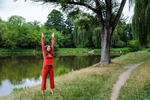 Cómo aliviar la congestión con Yoga. Ejercicios de yoga para aliviar la congestion nasal. Yoga para tratar la sinusitis