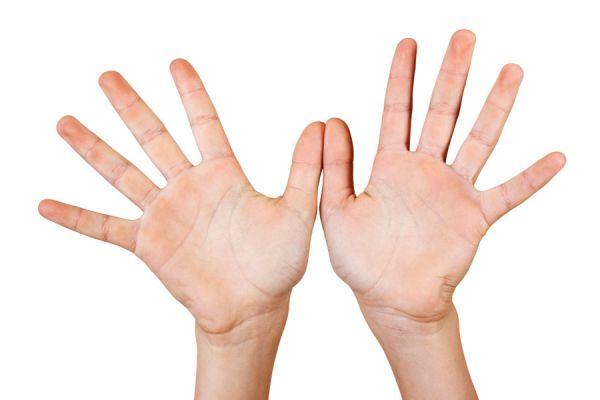 Método para combatir el estrés presionando los dedos. Cómo aliviar el estres con presión en puntos de la mano. Técnica simple para eliminar el estres
