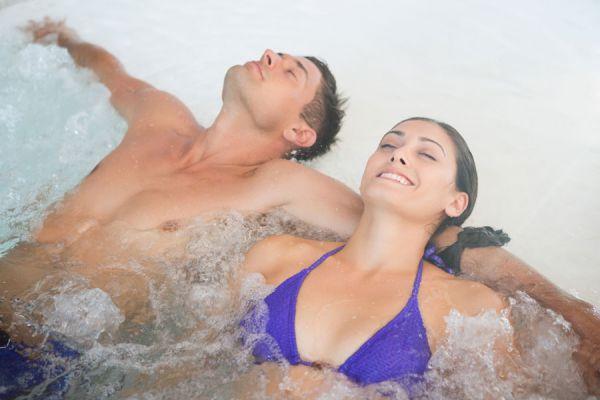 Beneficios del masaje terapéutico Watsu. Qué son los masajes terapéuticos Watsu. Los masajes acuáticos Watsu y sus beneficios