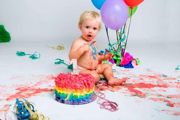 Cómo hacer un pastel colorido. Receta de pastel colorido para una fiesta infantil. Preparar un pastel infantil con muchos colores