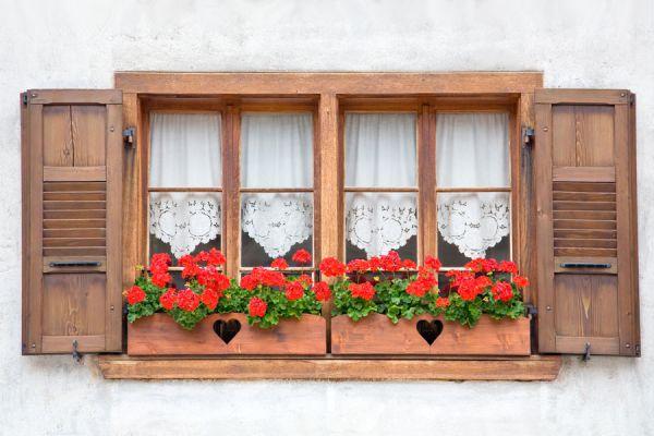 Tips para renovar cortinas fácilmente. Métodos para renovar las cortinas del hogar. Cómo decorar viejas cortinas
