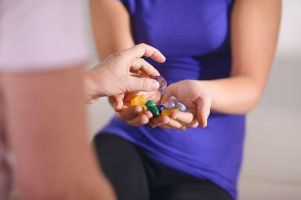 Piedras más usadas en gemoterapia para tratar enfermedades. Cómo curar enfermedades usando la gemoterapia. Gemoterapia, usos y beneficios