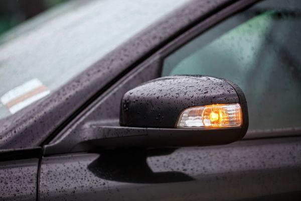 Cómo conducir un coche: giro en las esquinas. Cómo girar en una intersección. Guía para conducir un vehículo en las esquinas