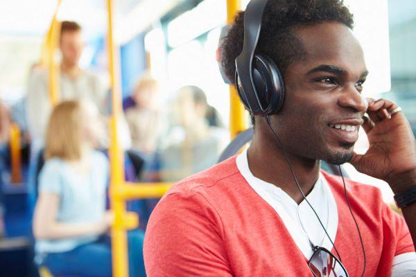 La música y las emociones. Consejos para equilibrar las emociones con música. Música para trabajar nuestras emociones y estado de ánimo