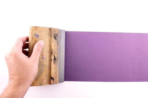 Pantalla de serigrafía para hacer estampados. Guía para crear una pantalla para serigrafía casera. Materiales para hacer una pantalla de serigrafía