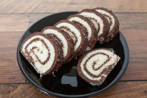 Rollos de chocolate versión suizo. Cómo preparar piononos de chocolate. Piononos de chocolate suizo y americano