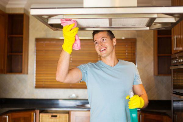 Cómo preparar productos de limpieza caseros. Recetas para hacer limpiadores caseros. Limpiadores caseros para el hogar