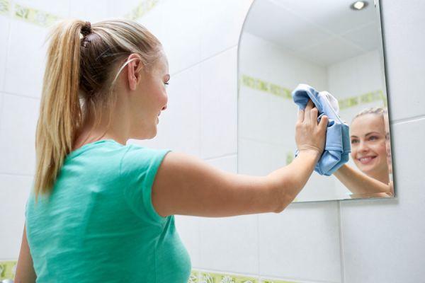 Recetas de productos de limpieza caseros. Cómo preparar tus propios productos de limpieza. Limpiadores caseros para todo el hogar