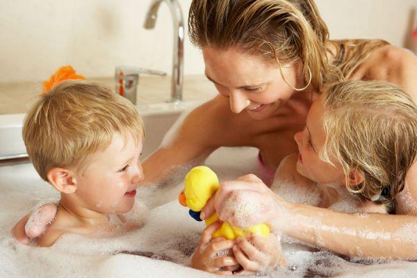 Qué regalar a mamá en su día. Manualidades para regalar en el día de las madres. Productos caseros para regalar a mamá