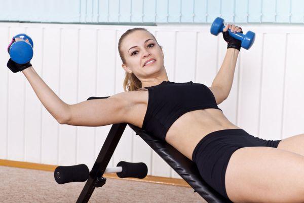 Ejercicios para fortalecer los pechos. Cómo fortalecer los pectorales si eres mujer. ejercicos para mujeres para fortalecer los pectorales