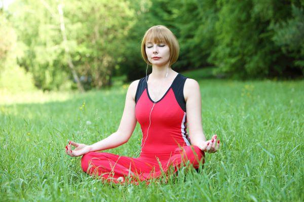 Cómo desbloquear el chakra raíz. Meditación con el arcángel uriel para abrir el primer chakra. Como equilibrar el primer chakra con una meditacion