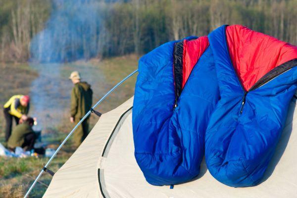 Tips de mantenimiento de un saco de dormir. Cómo cuidar y conservar un saco de dormir. Cómo guardar un saco de dormir. Cómo usar un saco de dormir