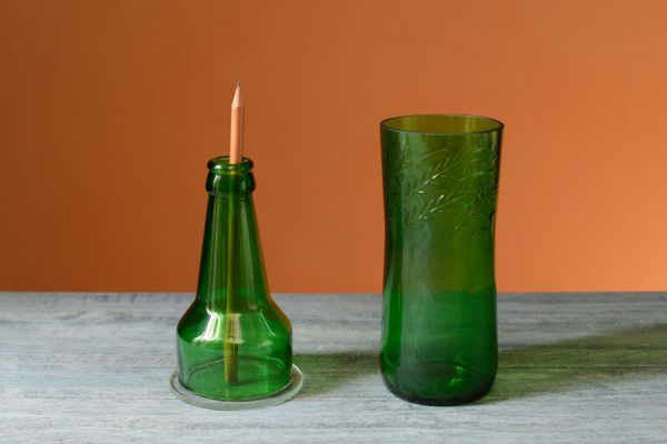 Manualidades para hacer con botellas de vidrio. Ideas para reciclar botellas de vidrio. Manualidades con botellas de vidrio paso a paso