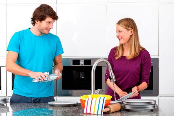 Guía para enseñar a limpiar. Cómo enseñar a limpiar a los niños. Tips para enseñarle a alguien sobre limpieza