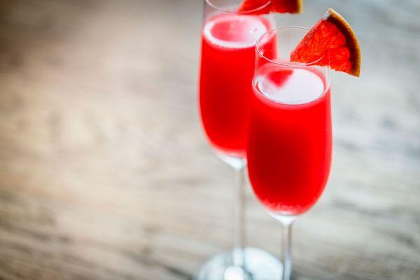 5 recetas para preparar mimosas en distintas variantes. Cómo hacer el cóctel mimosa. ingredientes para preparar mimosas.