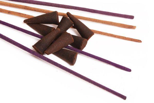 Cómo preparar varillas de incienso caseras. Ingredientes para hacer varillas de incienso. Cómo elaborar varillas de incienso artesanales