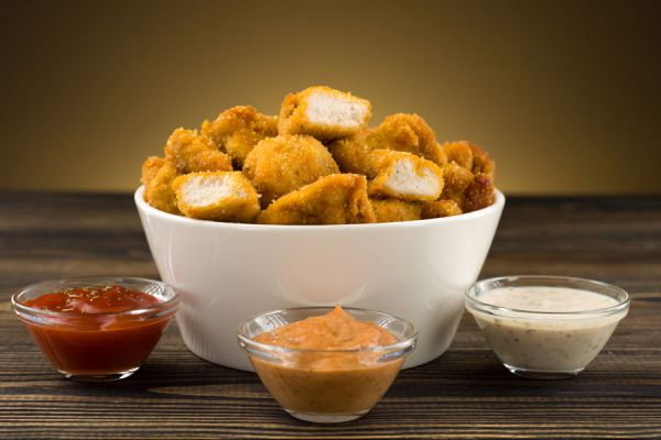 Pasos para cocinar mcnuggets. Cómo preparar mcnuggets con formas. Receta para cocinar mcnuggets caseros. Qué contienen los mcnuggets de pollo