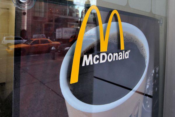 Preparación del pastel de manzana de McDonalds. Paso a paso, como hacer pastel de manzana estilo mcdonalds. Tarta de manzana de mcdonalds