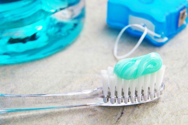 Tratamiento casero para los dientes sensibles. Métodos caseros para tratar dientes sensibles. Cómo curar los dientes sensibles