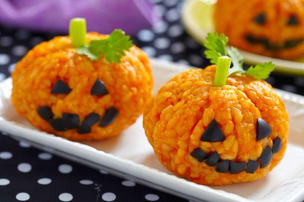 Recetas divertidas para halloween. Comidas para los niños en halloween. Cómo preparar un menú infantil para halloween
