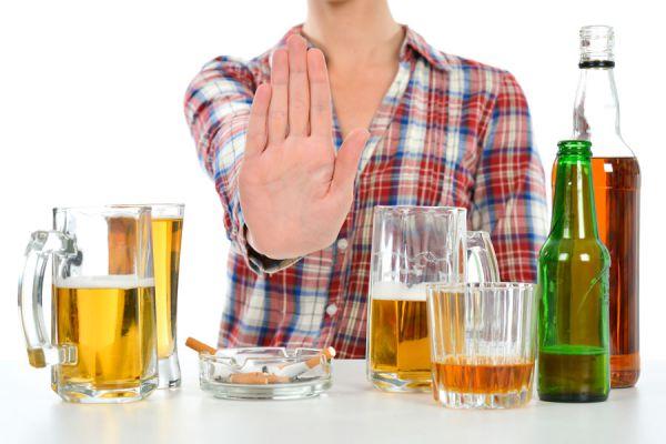 De que es el alcoholismo