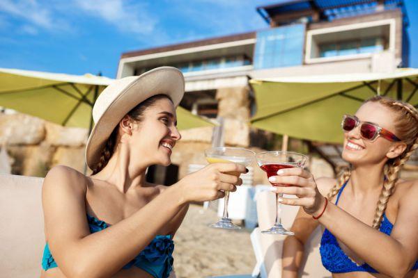 Beneficios de dejar de beber alcohol. Ventajas de dejar el alcohol para siempre. Motivos para dejar de beber