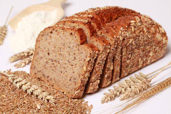 4 recetas para hacer pan sin harina. Cómo preparar pan casero sin harina de trigo. Recetas para hacer panes sin usar harina.