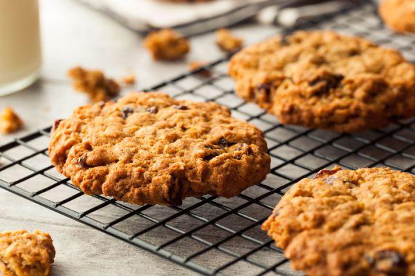 Cómo preparar galletas sin usar harina. Ingredientes para hacer galletas sin harina. Galletas caseras sin harina.