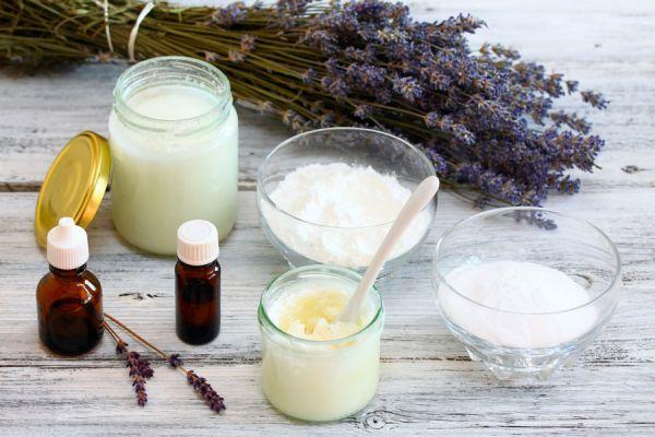 Cómo preparar desodorantes caseros. 3 recetas de desodorantes caseros. Cómo preparar un desodorante natural. tips para hacer desodorantes