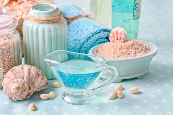 Ingredientes para preparar jabón de gelatina. Pasos para fabricar un jabón casero de gelatina.