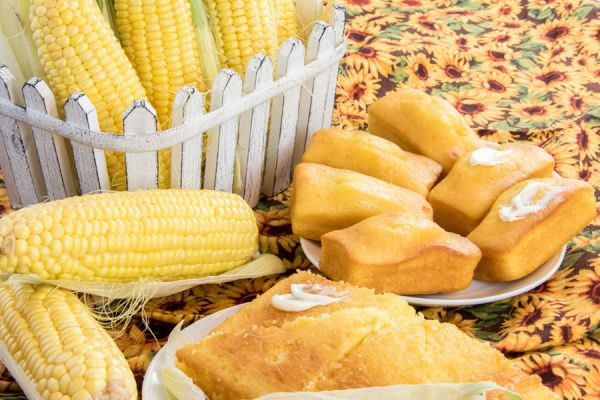 Cómo preparar pan de maíz. Tips para hacer pan de maíz casero. Ingredientes y preparación del pan de maíz casero.