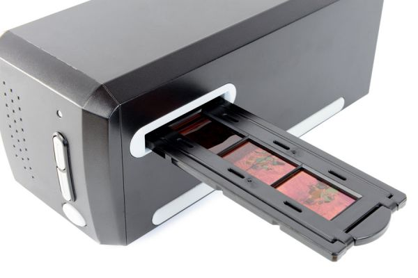 Técnica casera para digitalizar fotos desde negativos. Cómo tomar fotos para digitalizar negativos.