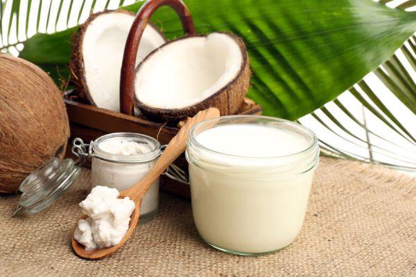 Propiedades de la leche de coco. Cómo preparar leche de coco en casa. Receta de leche de coco casera.