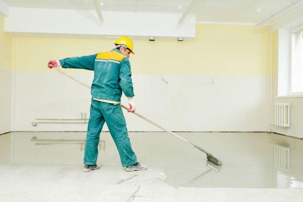 Guía para pintar un piso de concreto. Pasos para pintar un piso de cemento. Técnicas decorativas para un suelo de cemento