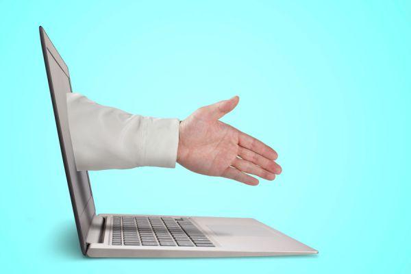 Cómo cuidar la imagen profesional en internet. Consejos para limpiar tu imagen profesional en las redes sociales.