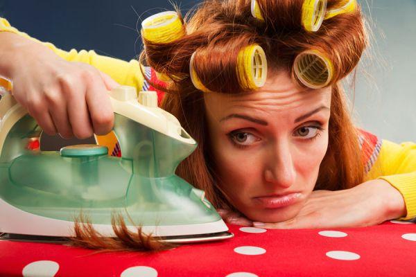5 formas de alisar el cabello en casa. Tratamientos caseros para alisar el cabello. Cómo alisar el pelo por algunas horas.