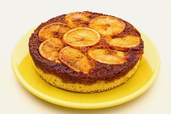 Receta fácil para hacer pastel invertido. técnica para preparar una torta invertida. Cómo hacer torta invertida casera.