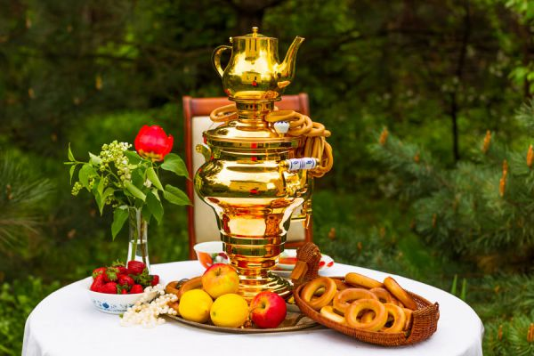 Ingredientes para preparar té ruso. Guía para preparar un té ruso.