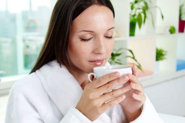 Infusión para el síndrome premenstrual. Cómo aliviar los síntomas del síndrome premenstrual. Té para el síndrome premenstrual