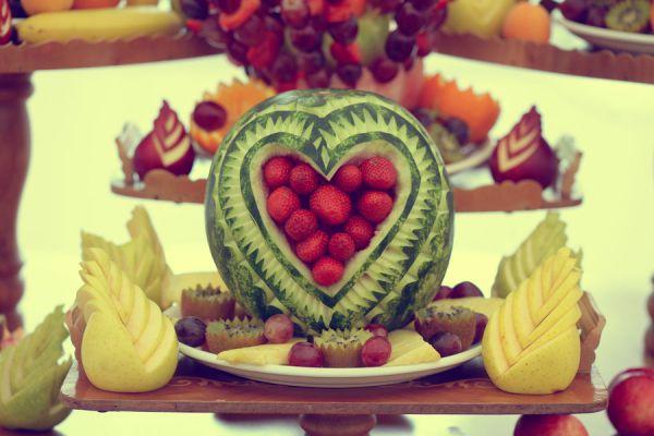 Cómo decorar frutas con el arte mukimono. Qué es el arte mukimono? Decoración con mukimono