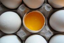 Cómo quitar las manchas de huevo
