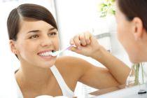 Cómo cuidar los dientes las personas con diabetes