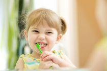 Cómo cuidar los dientes de los niños