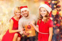 Cómo Crear Adornos de Navidad con los Invitados