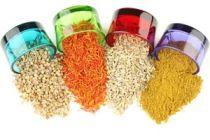 Cómo decorar objetos con semillas