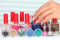 Cómo hacer un perfume con brillos para las niñas