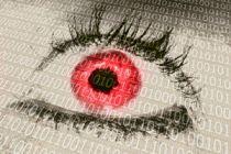 Cómo evitar los ojos rojos al usar la computadora