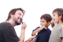 Cómo Enseñar Higiene Personal a los Niños