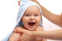 Cómo Jugar con Bebés Recién Nacidos