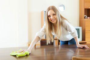 C mo limpiar muebles de madera en 5 pasos - Con que limpiar los muebles de madera ...